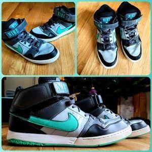 Nike Zoom Air High Top Sneakers